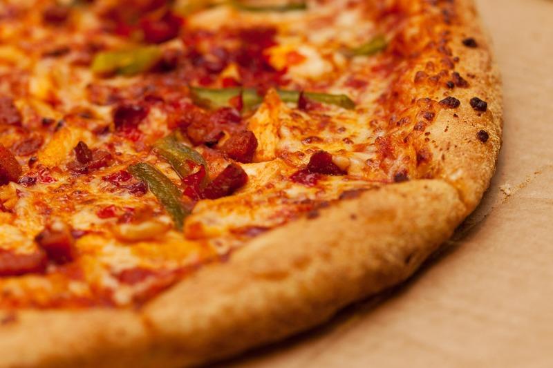 طريقة عمل البيتزا 4