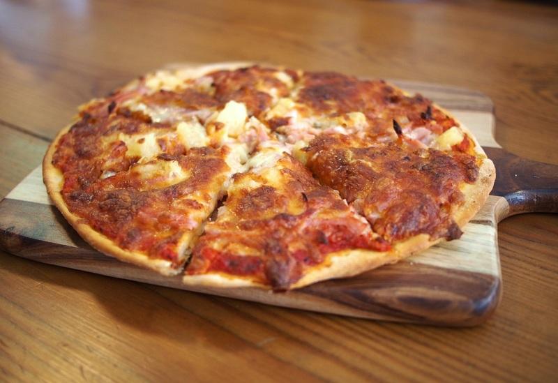 طريقة عمل البيتزا 6
