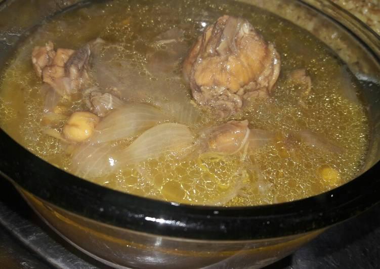 طريقة عمل يخنة البصل 1