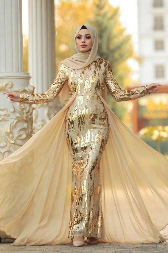 فستان سواريه محجبات ذهبي